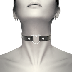 Coquette Hand Crafted Choker Heart
